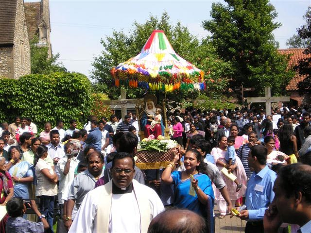Tamil pilgrimage, with both Christians and Hindus